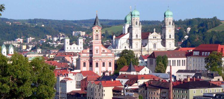 Sehenswürdigkeiten in der 3 Flüsse Stadt Passau Dom Kirchen