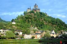 Urlaub in Rheinland-Pfalz historische Bauwerke Burgen