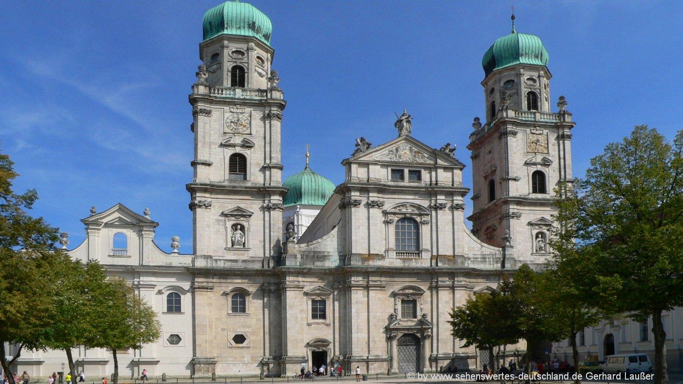 Passauer Dom Wahrzeichen - Stadtetrip Süddeutschland