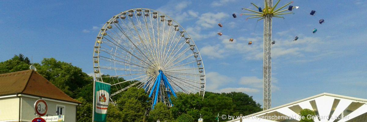 sehenswertes-deutschland-erlangen-freizeitangebote-riesenrad-volksfest-1200